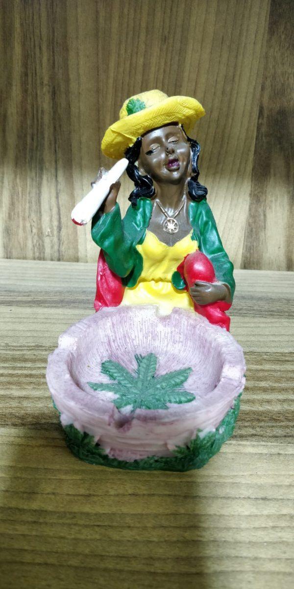 מאפרת ג'מייקה
